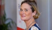 """Delphine wil """"fouten uit het verleden"""" rechtzetten op nationale feestdag met verborgen boodschap aan koning Albert"""