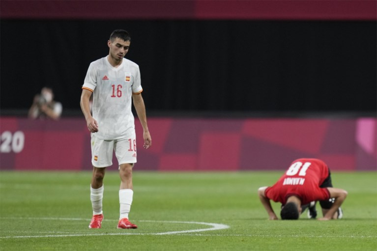Olympic football tournament begins with a surprise: France lose despite goal-scoring striker, Spanish stars can't win