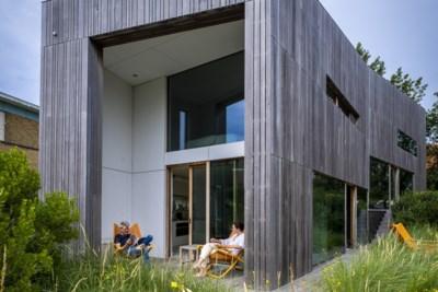 Kabano, de houten villa waar je vanuit elke ruimte uitkijkt op de duinen