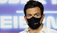 """Jos Verstappen trekt zijn conclusies na crash van zoon Max: """"De baas van Mercedes moet me niet meer bellen"""""""