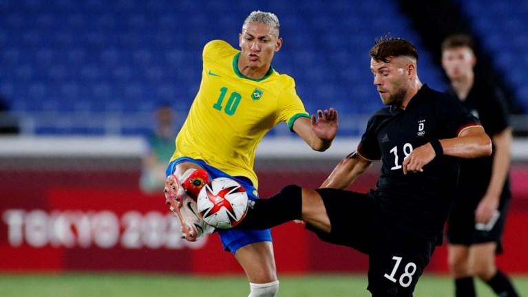 Veel goals op eerste dag olympisch voetbaltoernooi: titelverdediger Brazilië begint met zege tegen Duitsland, Frankrijk zwaar onderuit
