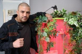 """Hedi Slimani bokst vrijdagavond voor titel: """"Snel proberen winnen met ko"""""""