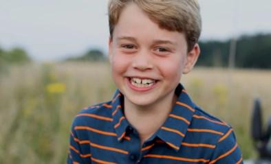 Prins George viert achtste verjaardag met subtiele ode aan overleden overgrootvader