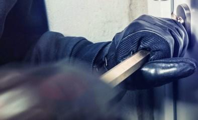 Inbraak in kelders van flatgebouw in Lommel