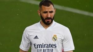 Karim Benzema test na vakantie positief op COVID-19 bij Real Madrid