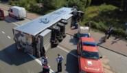 Vrachtwagen gekanteld op A12 in Schelle: wellicht nog uren hinder