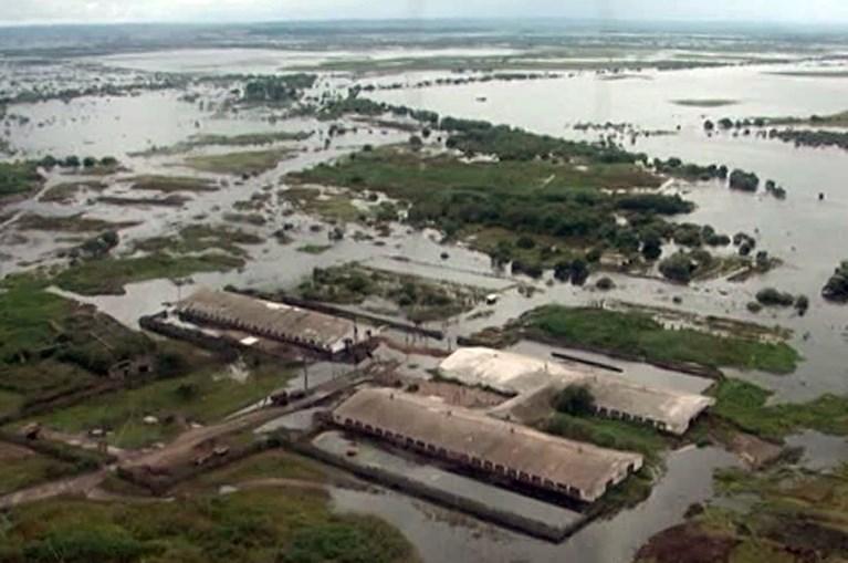 Honderden huizen overstroomd in oosten van Rusland