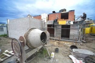 Dieven gaan op bouwwerf met gevelbepleistering aan de haal