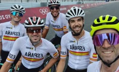 Moet Spaanse wielerselectie forfait geven voor wegrit? Masseur Spaans wielerteam test positief op corona