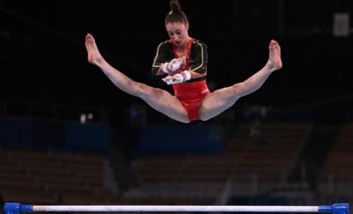TEAM BELGIUM LIVE. Nina Derwael plaatst zich met topscore voor finale aan de brug, België op schema voor teamfinale