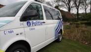 Dronken bestuurster zonder rijbewijs tracht tijdens controle te wisselen met passagier