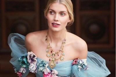 """Droomhuwelijk voor """"mooiste nichtje van prins William en Harry"""", maar er was een opvallende afwezige"""