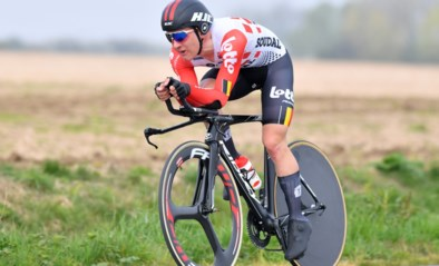 KOERSNIEUWS. Team DSM neemt Ilian Van Wilder niet mee naar Vuelta, organisatie verbiedt plastic wegwerpflessen