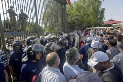 'Staatsgreep' na coronaprotesten stort Tunesië alweer in chaos
