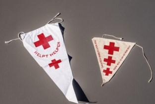 'Valse' Rode Kruis-medewerkers die geld ophalen voor slachtoffers watersnood blijken wel degelijk 'echt' na tussenkomst politie