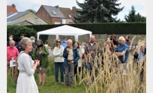 Bezoekers maken kennis met graanakkertjes