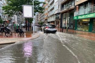 """""""Investeer zélf in zandzakjes of terugslagklep"""": getroffen gemeente vraagt bewoners om voorzorgen te nemen na noodweer"""