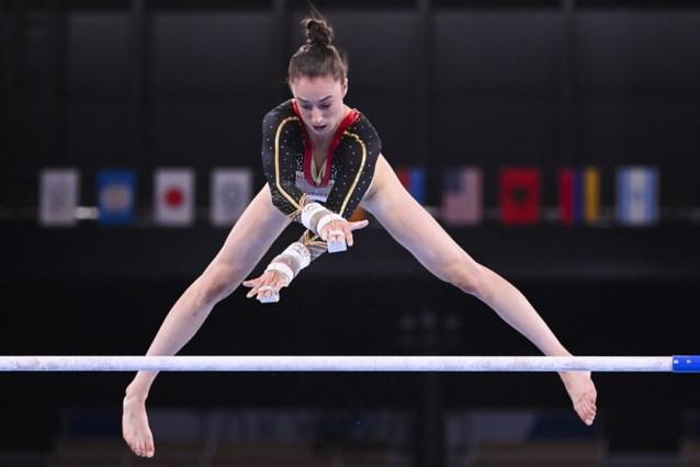 Belgische turnsters eindigen als achtste in eerste olympische teamfinale: topscore Nina Derwael, goud is voor Rusland