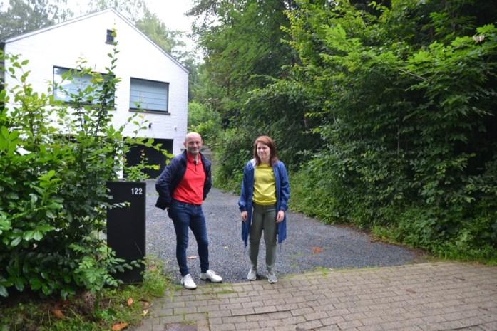 Kristien (34) was jaren kind aan huis bij Nora Steyaert en Aster Berkhof en ijvert nu voor straatnaam voor een van de allereerste BV-koppels