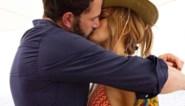 De ironie van de (niet erg spontane) kusfoto van Jennifer Lopez en Ben Affleck