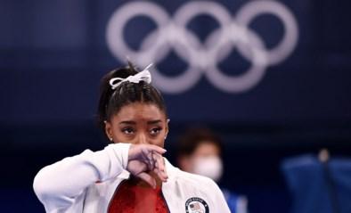 """Simone Biles na mislukte sprong en opgave in teamfinale turnen: """"Ik worstel intern met een paar zaken"""""""