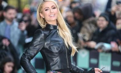Paris Hilton ontkracht geruchten over zwangerschap