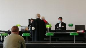 """Gentenaar (72) verdiende miljoen met verhuur van krotten aan prostituees: """"Wilde die vrouwen helpen"""""""