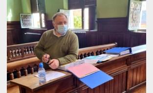 Nederlandse coronascepticus daagt Marc Van Ranst voor de rechter wegens laster en eerroof