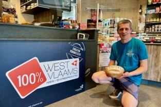 """Populair broodje met tarwe uit Zwinpolders erkend als streekproduct: """"Dagelijks gaan er honderd over de toonbank"""""""
