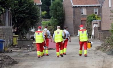 Vlaamse vrijwilligers toch welkom bij Croix Rouge na kritiek: maar dweil en aftrekker zelf meenemen