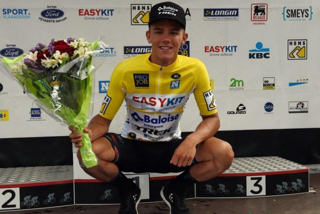 Thibau Nys sprint naar allereerste zege bij elite in Ronde van Vlaams-Brabant