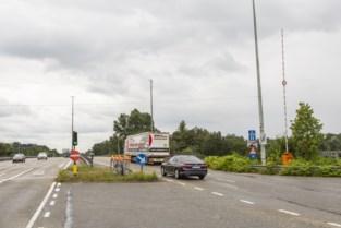 """Antwerpse snelwegtunnels krijgen slagbomen: """"Gevaar in tunnel verminderen en hulpdiensten helpen"""""""