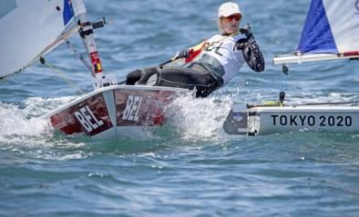 Zeilster Emma Plasschaert rukt op de Spelen op naar vierde plaats in de Laser Radial-klasse