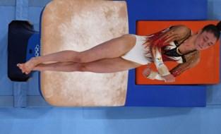 TEAM BELGIUM LIVE. Nina Derwael begint goed op sprong in turnfinale, ook Jutta Verkest start goed