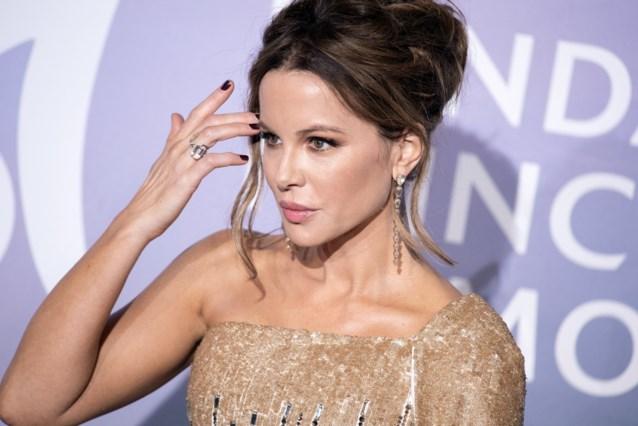Kate Beckinsale gaat voor haar universitair diploma … 26 jaar later dan gepland
