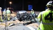 Bestuurder (27) zwaargewond na ongeval op E19: auto met hoge snelheid tegen vrachtwagen