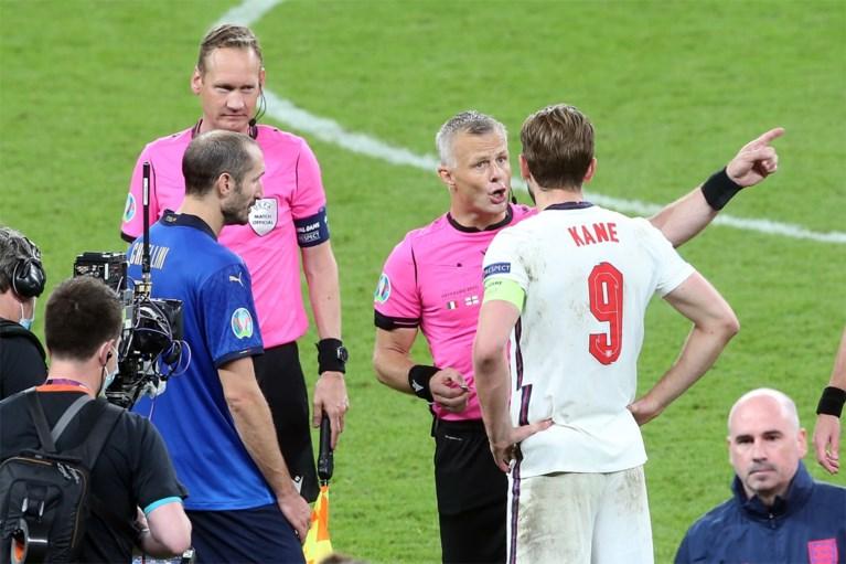 """Topscheidsrechter Björn Kuipers stopt ermee: """"Geen mooier moment om te stoppen dan na EK-finale"""""""