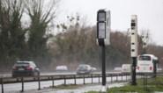 Opgepast in de auto: de nieuwe superflitspaal ziet álles