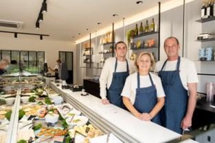 """Beroemde winkel Van Bladel (her)opent in Hove: """"Al dertig jaar 'in de vis'"""""""