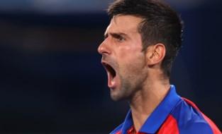 Op koers voor Golden Slam: Novak Djokovic verplettert Nishikori op weg naar laatste vier op de Spelen