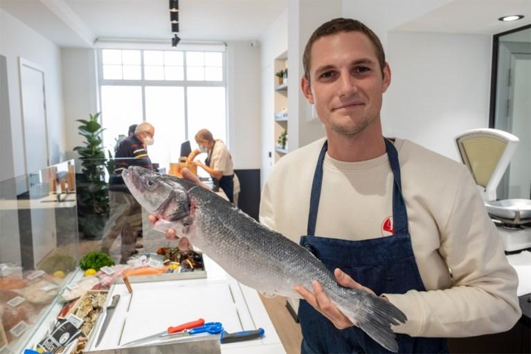 """Beroemde Antwerpse viswinkel Van Bladel (her)opent in Hove: """"Hopelijk komen alle klanten terug"""""""
