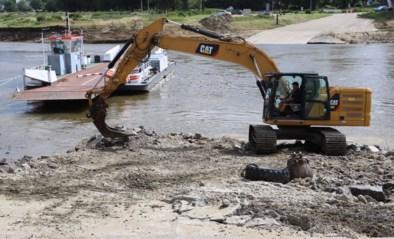 Water sloeg tien meter diep gat zo groot als voetbalveld