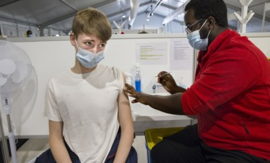 12-en 13-jarigen krijgen eerste prik, nog geen beslissingen over sluiting vaccinatiecentra
