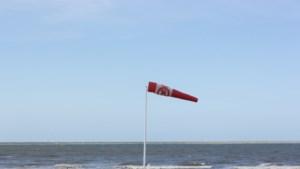 Stormachtige dag verwacht aan zee: KMI waarschuwt met code geel, nummer 1722 geactiveerd voor niet-dringende interventies