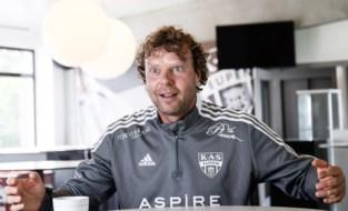 """Met Stefan Krämer heeft het Belgische voetbal er een kleurrijke coach bij: """"Tattoo als Eupen play-offs haalt? Ik denk nog over een alternatief"""""""