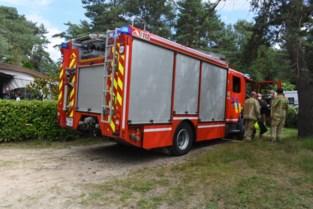 Buren blussen brandje op camping