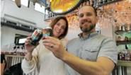 """Peter (47) zegt na 25 jaar luchtvaart vaarwel en stort zich op brouwersdroom: """"Mijn bier doet mensen meereizen naar Australië"""""""