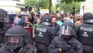 Protesten tegen coronamaatregelen in Berlijn lopen uit de hand: meerdere arrestaties en vechtpartijen