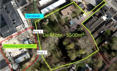 35.000 bloembollen in vernieuwd en groter park aan OC De Mote