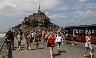 Frankrijk kleurt in sneltempo rood op coronakaart: hoe zorgwekkend zijn de cijfers? En kan je nog met gerust hart op vakantie?